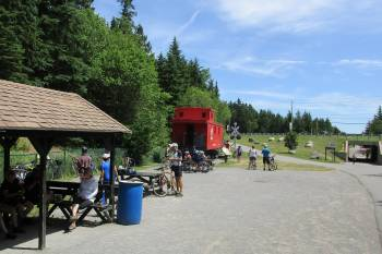 Quebec Bicycle Touring