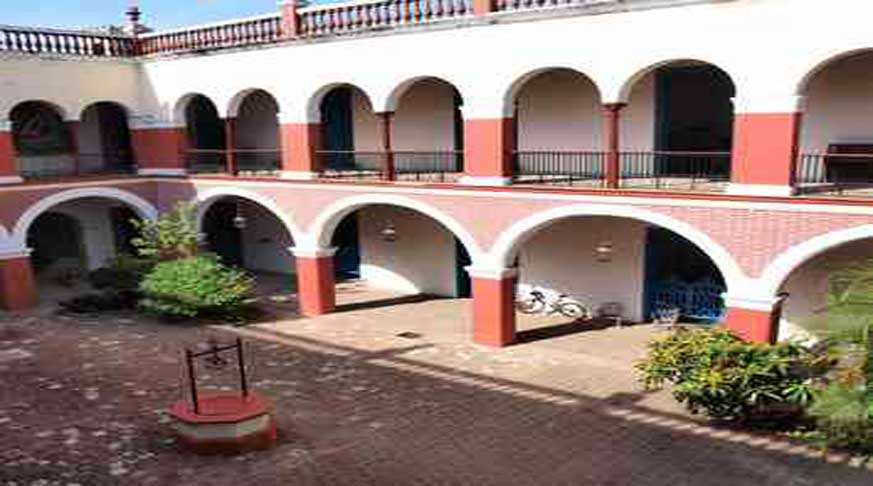 holguin It shows a set of tangible elements, loaded with cultural symbols and resulting in a platform for dialogue not only between cultures but also between man and nature