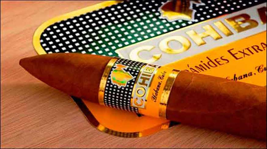 factory of habanos in cuba, the best cigar of the world