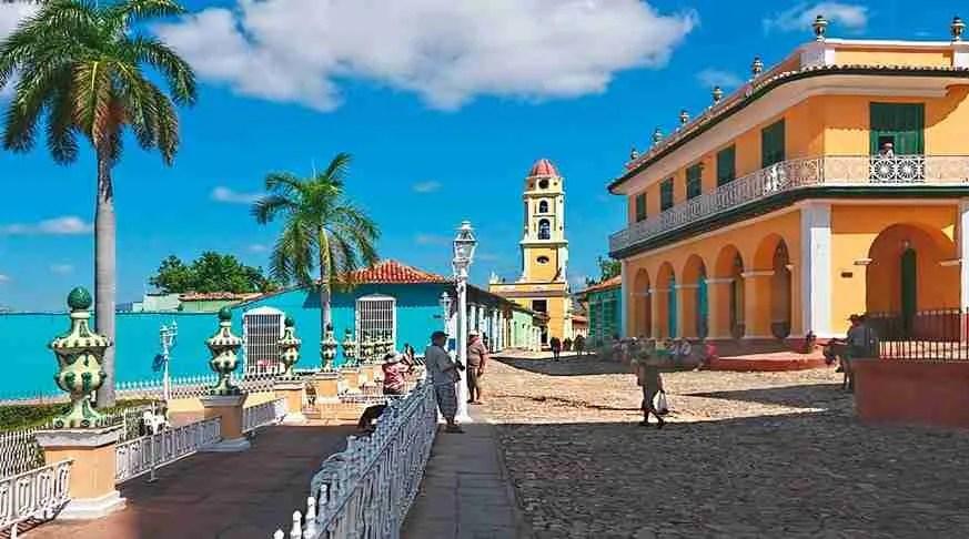 travel to trinidad. historical center of trinidad.