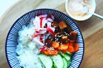vega poké bowl met tofu