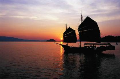 Khao lak Sunset Cruise on June Bahtra - Sunset 2