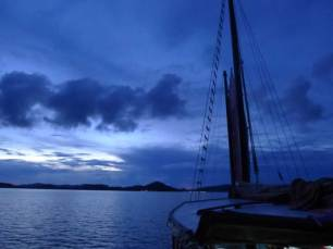 Khao lak Sunset Cruise on June Bahtra