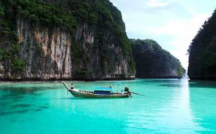 Phi Phi Islands Khao Lak Tours - Piley Cove Lagoon
