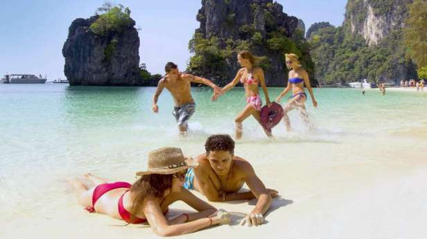 Hong Island Tour - Beach at Koh Hong