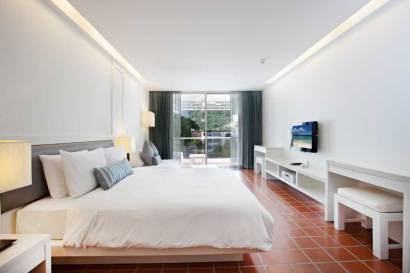DayLight Room - The Nap Patong