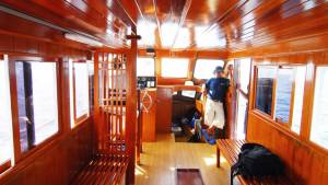 Phuket Fishing Tours - Wahoo 4 Saloon