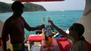 MY Anurak - Cheers