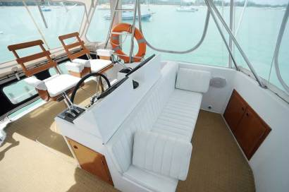 Reel Hooker Fly Bridge - Phuket Boat Charters