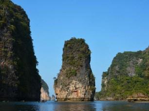 Phang Nga Bay Caves & Sea Canoe - Koh Hong Island