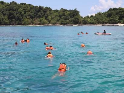 Phuket Island Hopping Cruise - Snorkeling