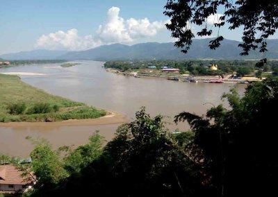 chiang rai - golden triangle river view