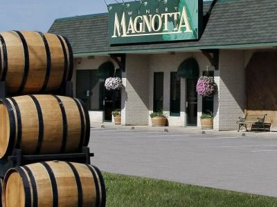Wine Tasting at Magnotta Winery
