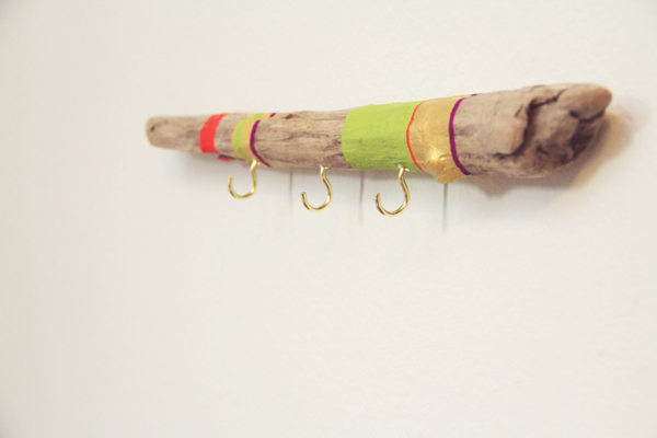 Easy Painted Driftwood hanger makeover