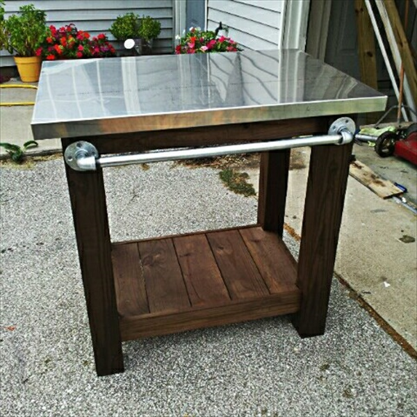 charming DIY grill table