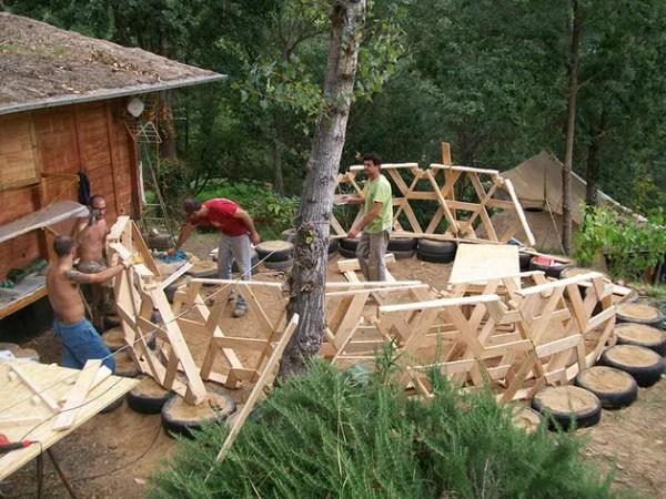 DIY pallet house plans
