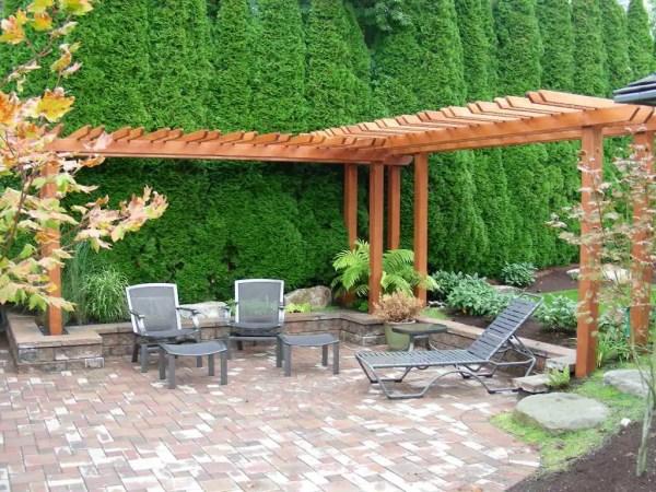 DIY lawn decor project