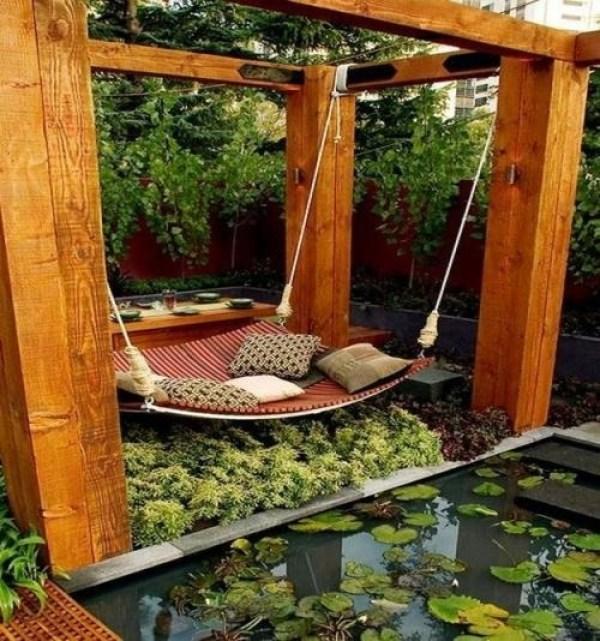 DIY outdoor bed for kids