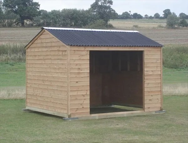 Wooden Horse shelter