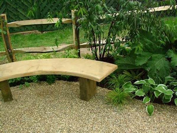 DIY Pallet lawn furniture