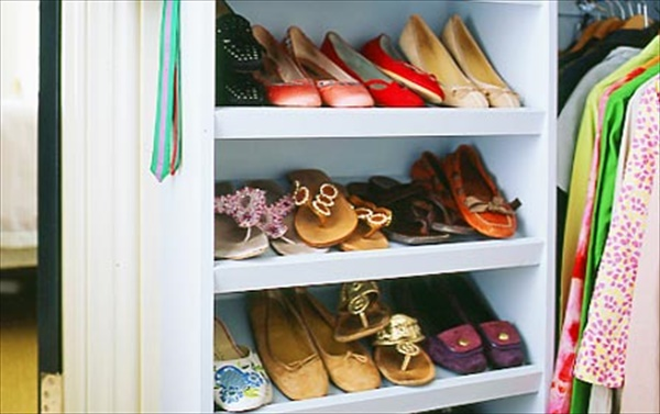 EAsy to build shoes rack