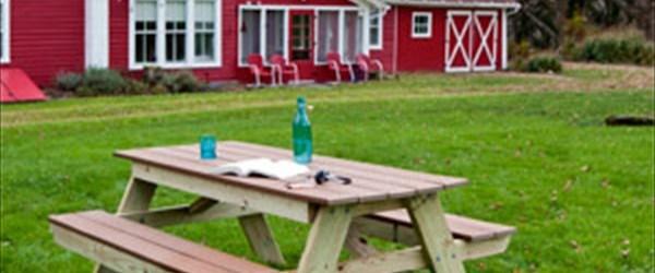 DIY Wooden picnic table