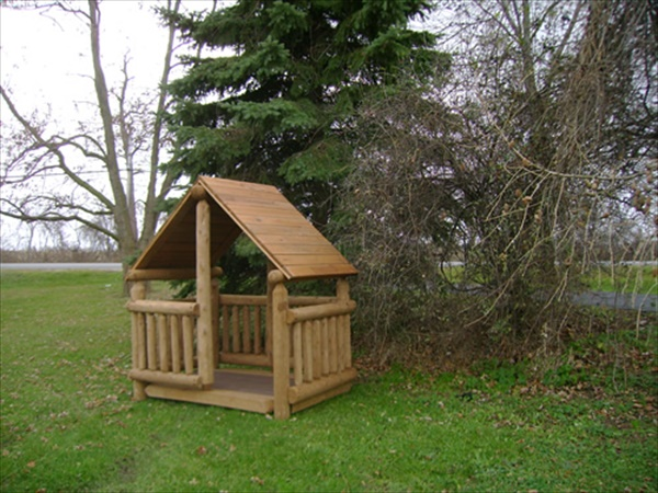 cute pallet play house