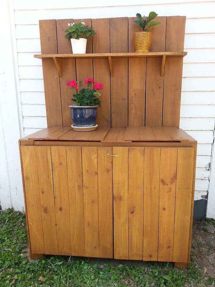 DIY Rustic Potting Bench EASY And CRAFTS
