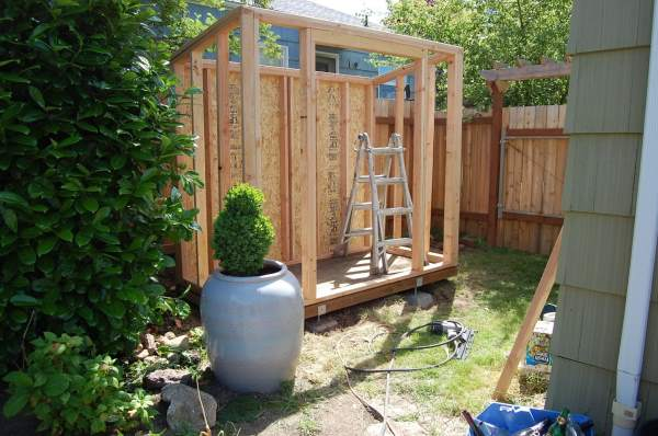 How to make a wooden shed