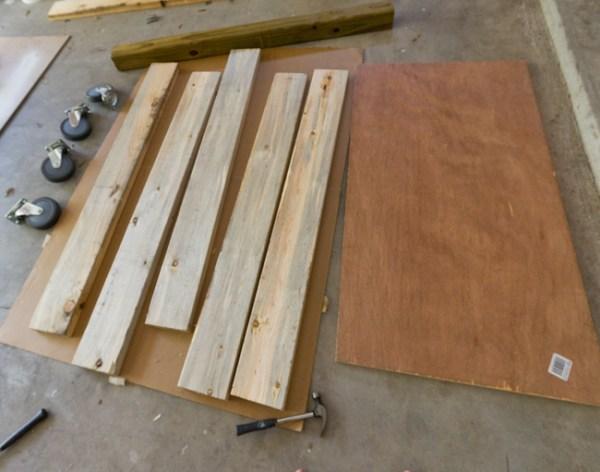 DIY Wood pallets coffee table