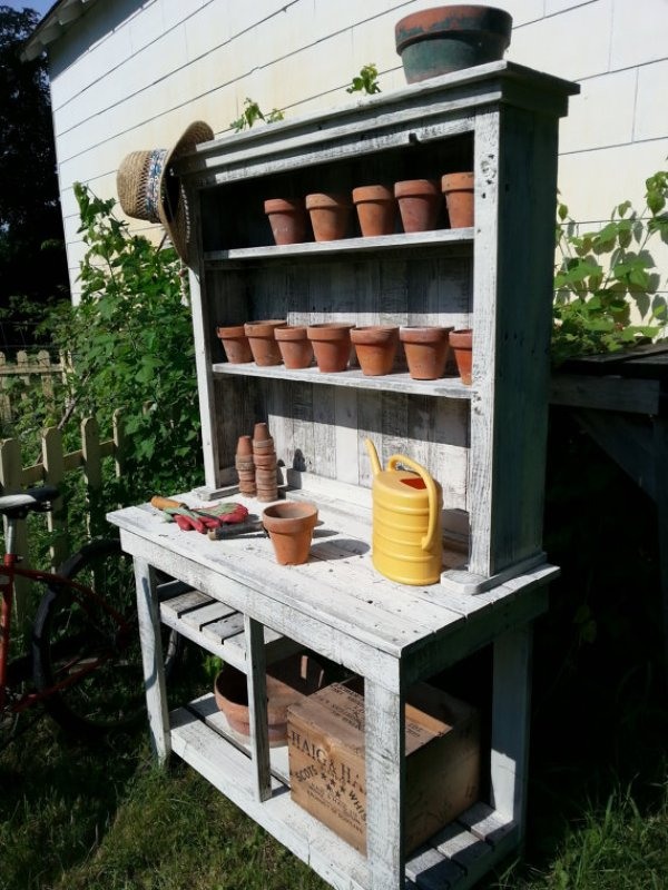 Build your own potting bench out of barn wood