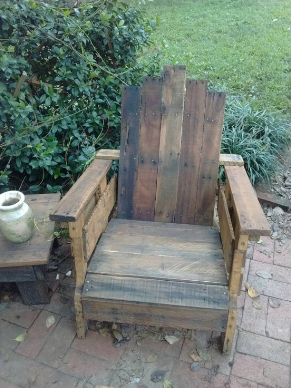 how to make patio furniture from pallets