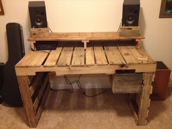DIY beauteous pallet table