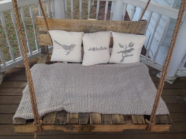 diy upcycled pallet swing
