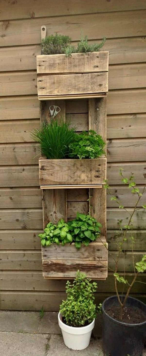 Easy DIY Tips and pallet instructions