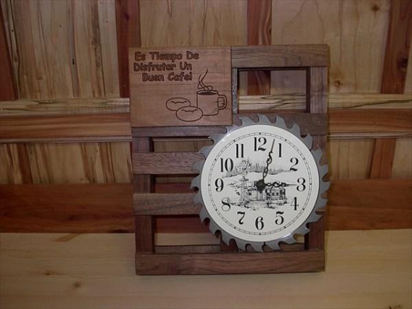 DIY Clock of Wooden