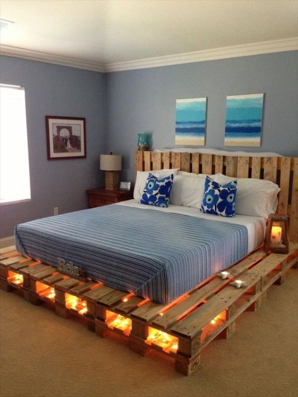 DIY upcycled wooden pallet bed