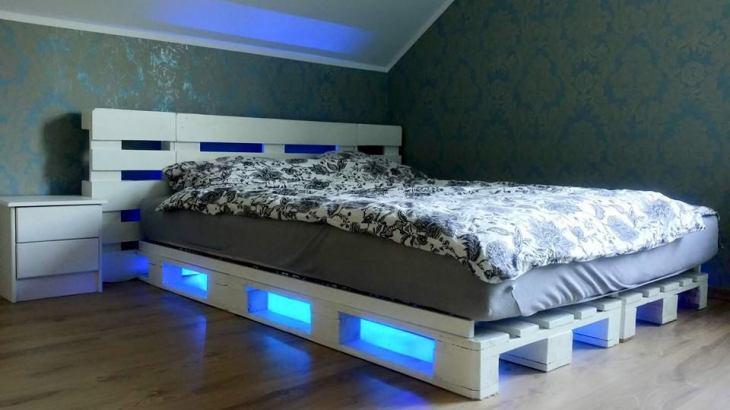 diy pallet bed led lights easy diy and crafts. Black Bedroom Furniture Sets. Home Design Ideas