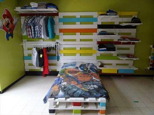build your own wall pallet closet