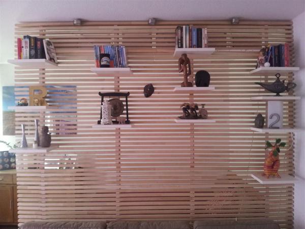 DIY Pallet Wooden Wall