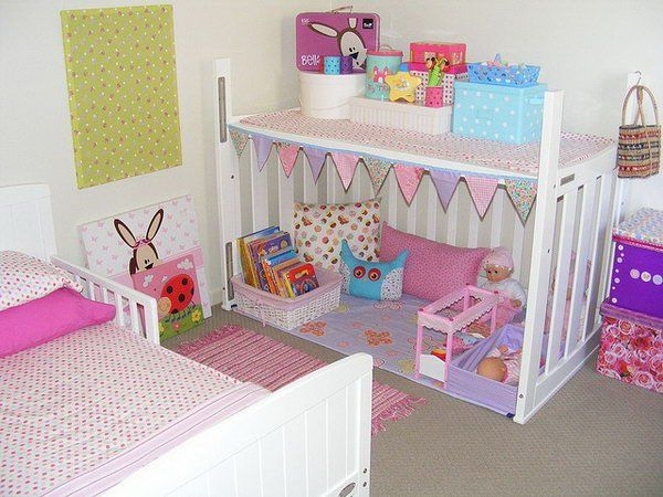 DIY Pallet Girl's Room