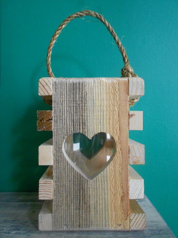 DIY Wooden Romantic Pallet