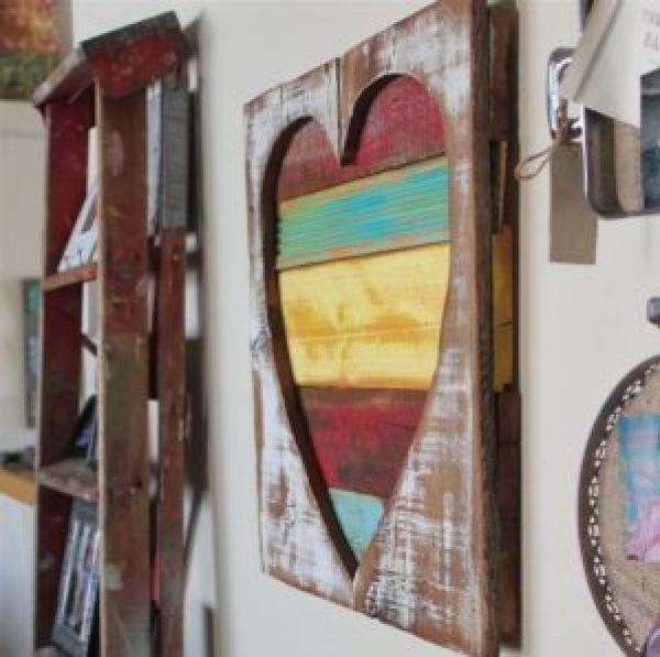 how to create Pallet Heart Frame