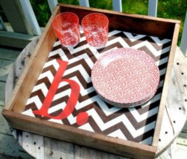 DIY Pallet Creative Tray