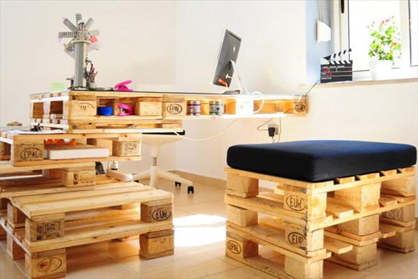 DIY Pallet Project Office