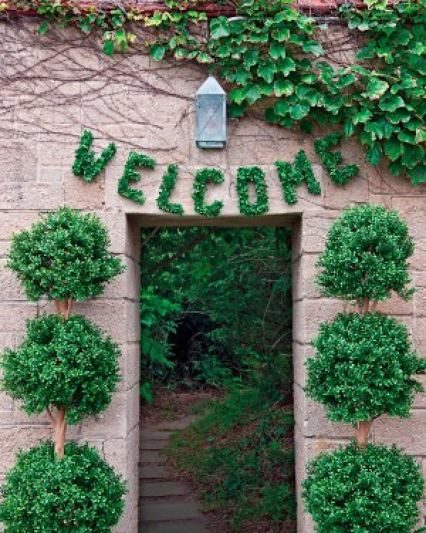 DIY Green Welcome