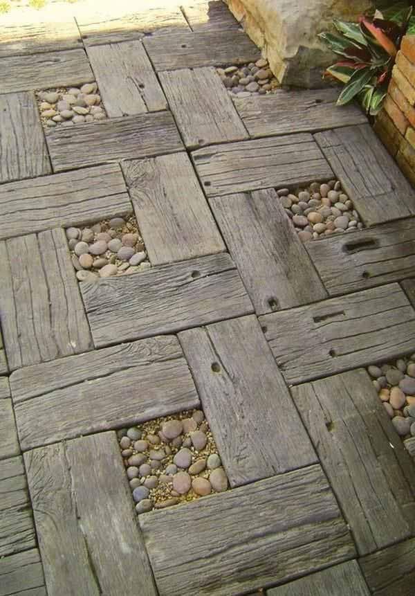 DIY Pallet Stone Path