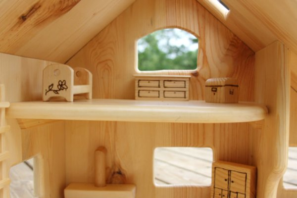 build your own doll house