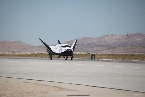 NASA plane test flight