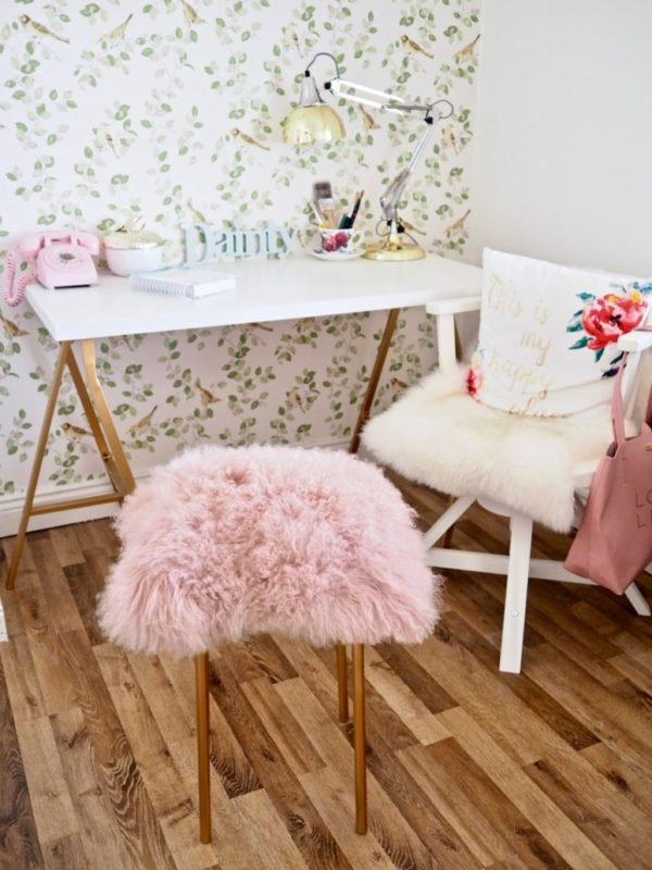 DIY ikea faux fur stool